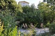 Сдаю на ЮБ Крыма часть дома с отдельным двором