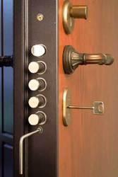 замена и врезка дверных замков