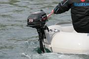 Продам лодочный мотор Suzuki DF2.5 S в Крыму